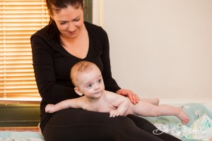 Baby Massage Back Swooping